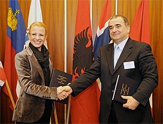 Freihandelsabkommen mit EFTA unterzeichnet