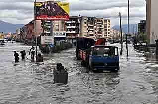 Wieder schwere Überschwemmungen