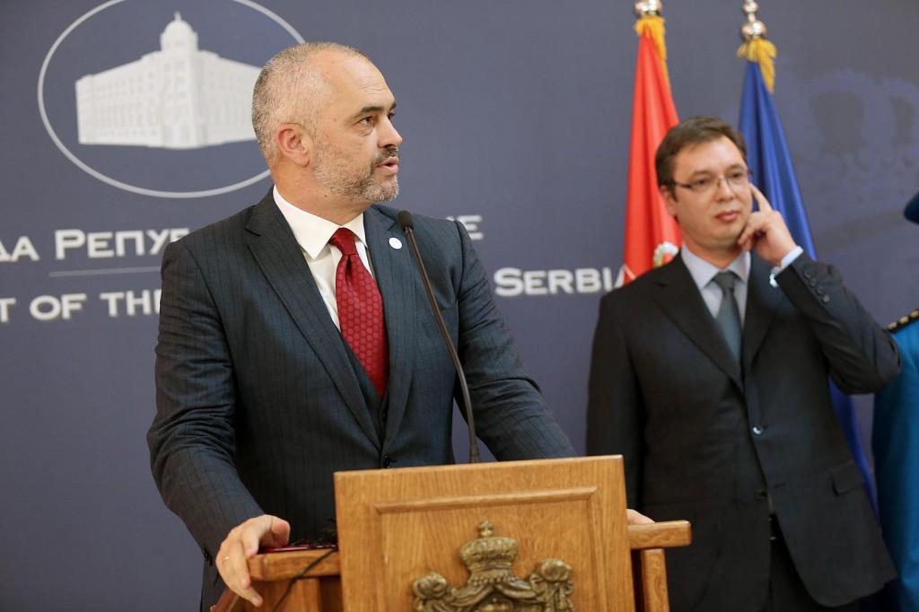 Edi Rama auf Staatsbesuch in Serbein