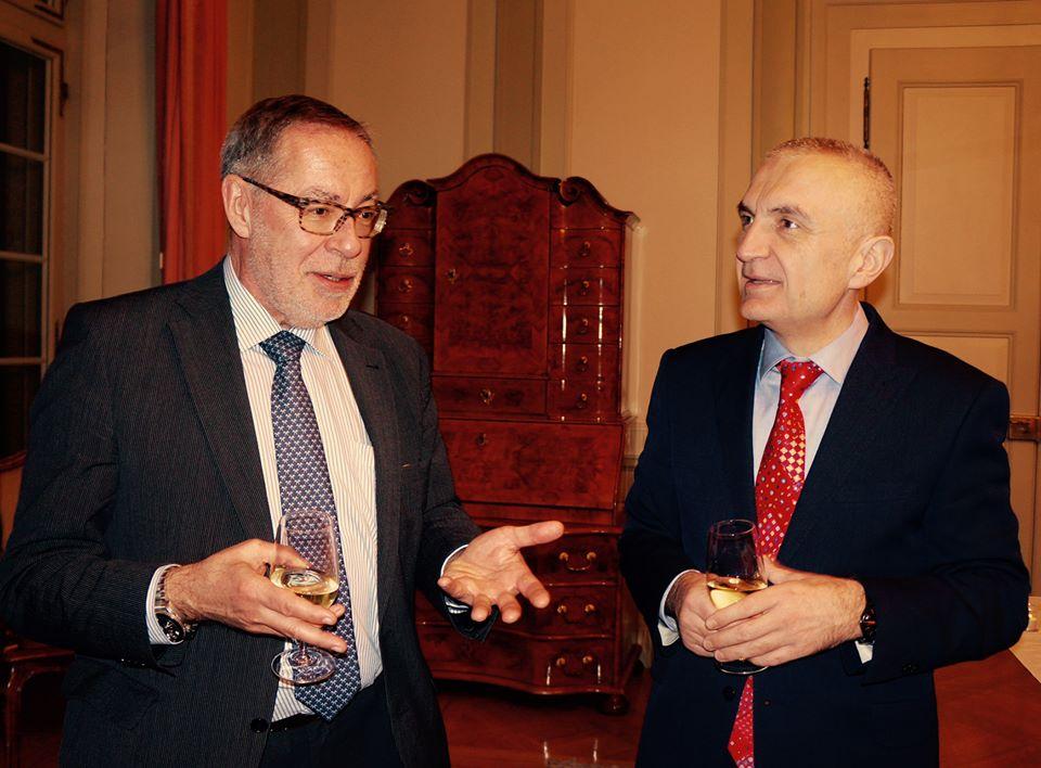 Ilir Meta zu Besuch beim Berner Stadtpräsidenten Alexander Tschäppät