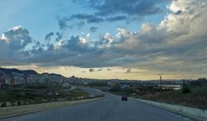Ringautobahn von Tirana beim Grossen Park
