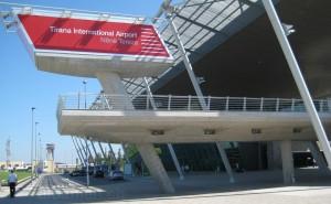 Flughafen Tirana: modern und übersichtlich
