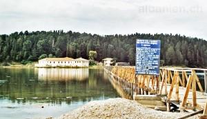 Steg zum Kloster Zvërnec