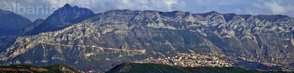 Skanderbeg-Berge mit Kruja