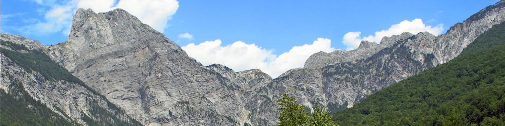 Arapi und Peja-Pass im Herz der Albanischen Alpen
