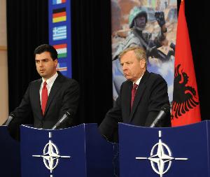 NATO rückt näher heran