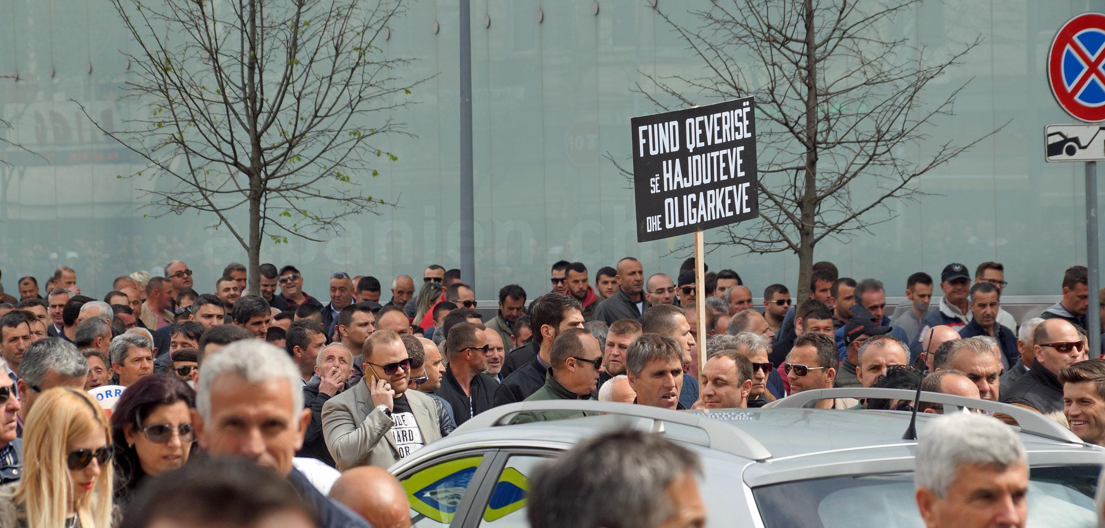 Demonstration in Tirana, März 2019