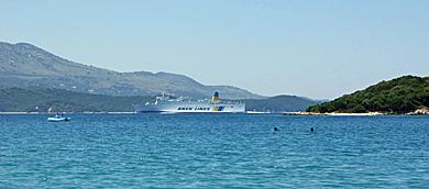 Fähre in der Strasse von Korfu