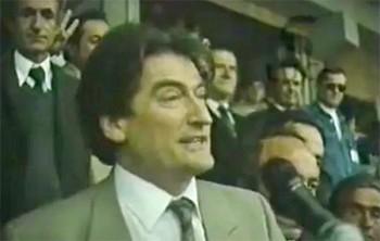 Sali Berisha an einer Wahlveranstaltung 1991 in Kavaja
